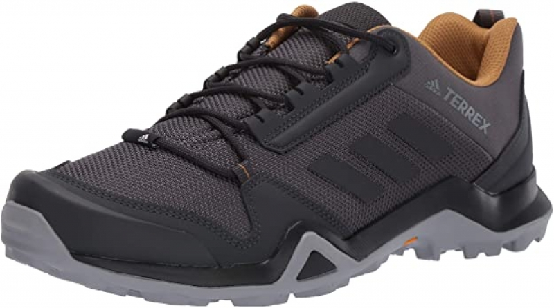 adidas愛迪達 男士登山鞋 $64.97(原價$80)