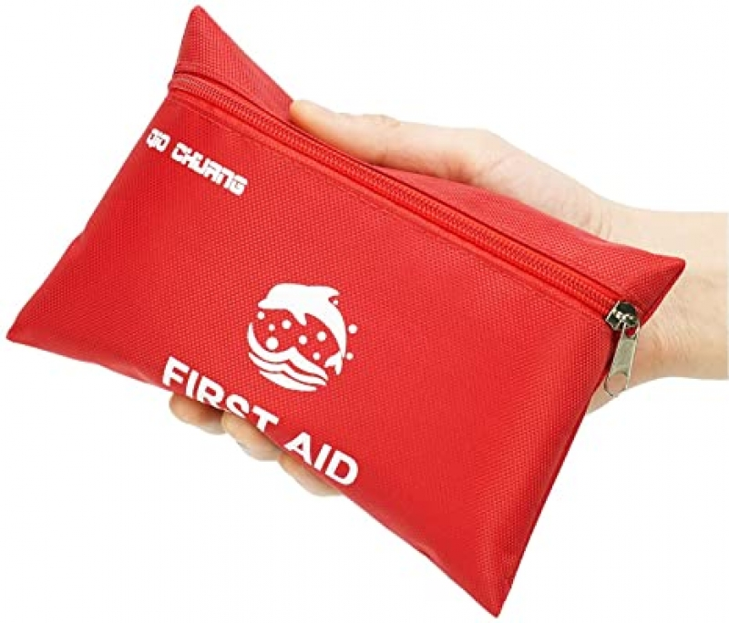 ihocon: QIO CHUANG Small Travel First Aid Kit - 87 Piece 小型急救包