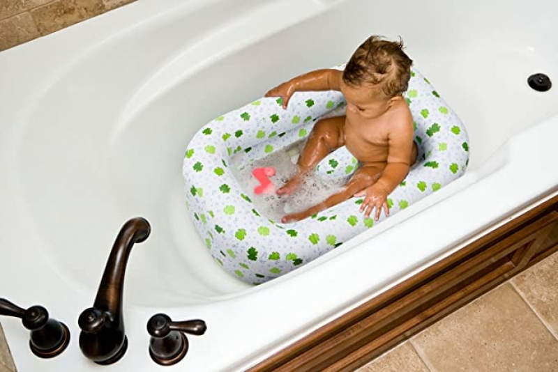 ihocon: Mommy's Helper Inflatable Bath Tub Froggie Collection, White/Green, 6-24 Months 嬰兒充氣浴盆