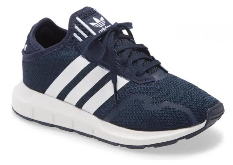 ihocon: ADIDAS Swift Run X Sneaker 愛迪達兒童運動鞋