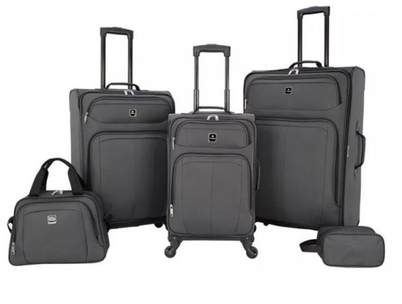 ihocon: Tag Bristol 5 Pc. Softside Luggage Set 行李箱組